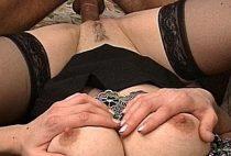 Une mature sexy aux bons Une mature sexy aux bons une mature sexy aux bons nichons ronds baisee pervers 01 210x142